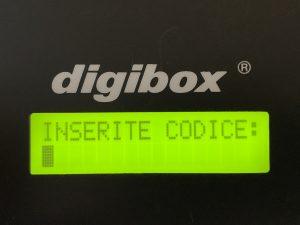 digibox Schlüsselausgabe :: hier mehrsprachig aktiviert in Italienische Sprache